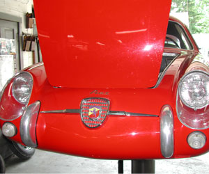 Front of a 59 Fiat Abarth